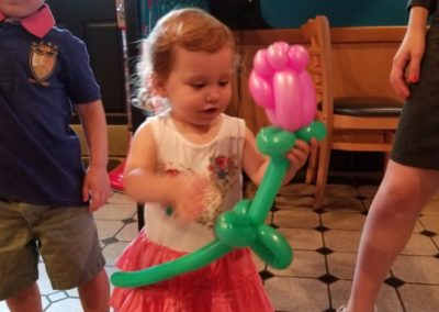Balloon Twisting Atlanta - Bling it on Parties